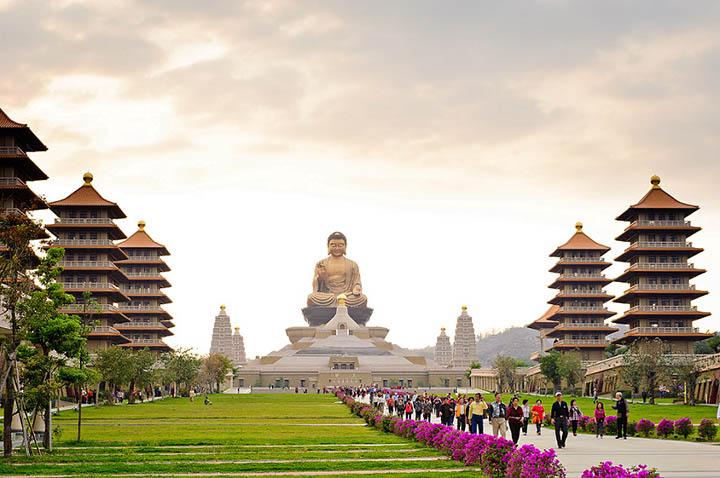 Image result for Phật Quang Sơn Tự